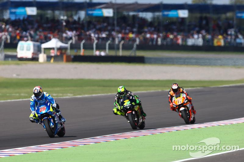 Маверік Віньялес, Team Suzuki MotoGP та Пол Еспаргаро, Monster Yamaha Tech 3 та Штефан Брадль, Athin