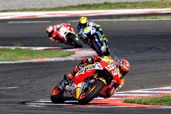 Marc Marquez, Repsol Honda Team y Valentino Rossi, Yamaha Factory Racing y Andrea Dovizioso, Ducati Team