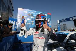 Le vainqueur Yvan Muller, Citroën C-Elysée WTCC, Citroën World Touring Car Team WTCC