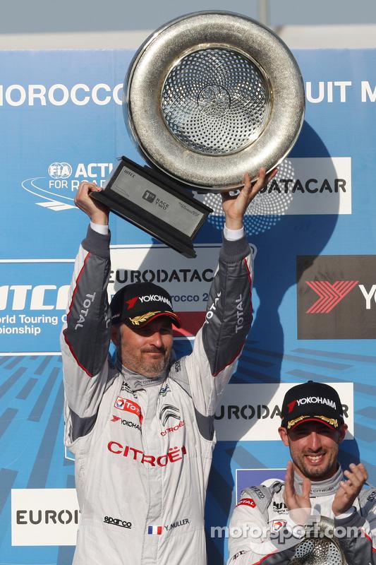 1. Yvan Muller, Citroën C-Elysée WTCC, Citroën World Touring Car Team, WTCC