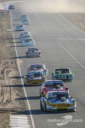 Luis Jose di Palma, Indecar Racing, Torino; Christian Ledesma, Jet Racing, Chevrolet; Nicolas Bonell