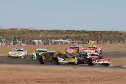 Matias Rossi, Donto 雪佛兰车队;Leonel Pernia, Las Toscas雪佛兰车队;Juan Marcos Angelini,UR道奇车队; Agustin Canapino, Jet 雪佛兰车队