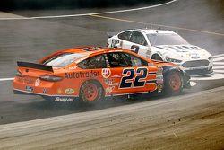Joey Logano, Team Penske Ford and Brad Keselowski, Team Penske Ford crash