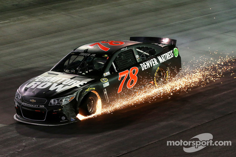 NASCAR, Bristol 2015: Martin Truex Jr., Furniture Row, Chevrolet SS