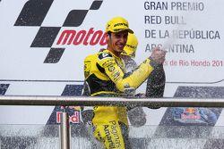 Alex Rins, Paginas Amarillas HP 40 sur le podium