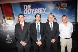 Aldo Parodi (Perú), Marko Machicao (Bolivia), Enrique Meyer (Argentina), Etienne Lavigne (Director del Dakar)