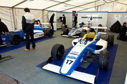Double R Racing Car Preperación