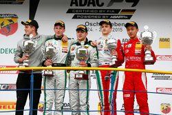 Race 2 Podium: tweede plaats Janneau Esmeijer en winnaar Marvin Dienst, HTP Junior Team en derde pla