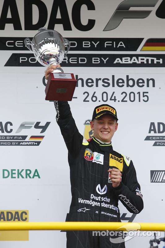 Carrera 3 Ganador: Mick Schumacher, Van Amersfoort Racing
