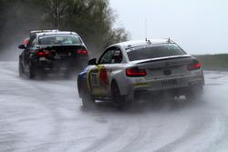 #700 BMW M235i Racing