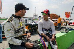 Jorge Goeters, GRT 54D y Antonio Pérez, Escudería Telmex.
