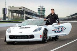 Jeff Gordon wird als Fahrer des Pace-Cars für das Indy 500 der Saison 2015 vorgestellt