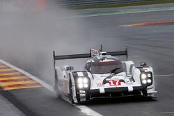 #17 Porsche Team 919 Hybrid Timo Bernhard, Mark Webber, Brendan Hartley
