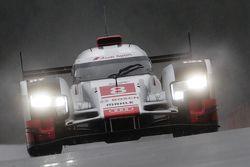 #8 Audi Sport Team Joest Audi R18 e-tron quattro Lucas di Grassi, Loic Duval, Oliver Jarvis
