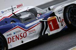 #1 Toyota Racing TS040 Hybrid: Энтони Дэвидсон, Себастьен Буэми и Казуки Накаджима
