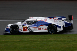 #1 Toyota Racing Toyota TS040-Hybrid Hybrid: Энтони Дэвидсон, Себастьен Буэми и Казуки Накаджима
