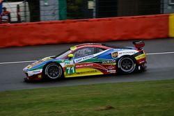 #71 AF Corse Ferrari F458 Italia: Davide Rigon, James Calado