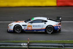Aston Martin Vantage V8: Пол Далла-Лана, Матиас Лауда, Педро Лами