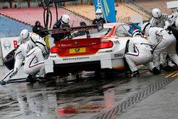 Boxenstopp für Augusto Farfus, BMW Team RBM, BMW M34 DTM
