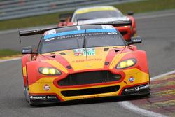 #99 Aston Martin Vantage V8: Alex MacDowall, Richie Stanaway, Fernando Rees