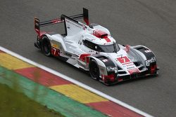 Audi R18 e-tron quattro Hybrid команды Audi Sport Team Joest : Марсель Фэсслер, Бенуа Трелуйе и Андр