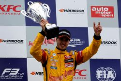 Winnaar Antonio Giovinazzi, Jagonya Ayam with Carlin Dallara F312 Volkswagen