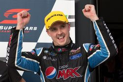 Winner Mark Winterbottom, Prodrive Racing Australia