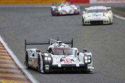 #19 Porsche Team 919 Hybrid Nico Hulkenberg, Earl Bamber, Nick Tandy