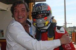 Pepe Oriola, pole y su padre