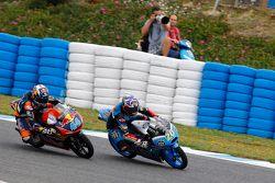 Fabio Quartararo, Estrella Galicia 0,0 et Miguel Oliveira, Red Bull KTM Ajo en lutte pour la tête