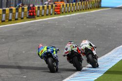 Йонни Эрнандес и Данило Петруччи Pramac Racing Ducati и Маверик Виньялес, Team Suzuki MotoGP