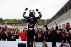 Шарль Леклер, победитель, Van Amersfoort Racing