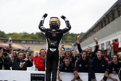 Winnaar Charles Leclerc, Van Amersfoort Racing