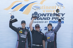 Los ganadores de GTD : #73 Park Place Motorsports Porsche 911 GT America: Patrick Lindsey, Spencer Pumpelly