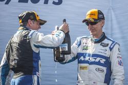 #60 Michael Shank Racing con Curb/Agajanian Ligier JS P2 Honda: John Pew, Oswaldo Negri Jr.
