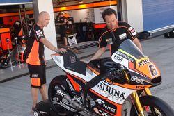 Forward Racing Yamaha, area team