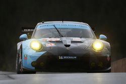#77 Dempsey Proton Competition Porsche 911 RSR Patrick Dempsey, Patrick Long, Marco Seefried