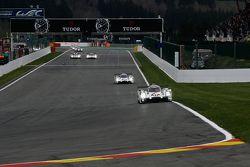 #17 Porsche Team Porsche 919 Hybrid Hybrid : Timo Bernhard, Mark Webber, Brendon Hartley