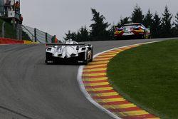 #17 Porsche Team Porsche 919 Hybrid Hybrid: Timo Bernhard, Mark Webber, Brendon Hartley