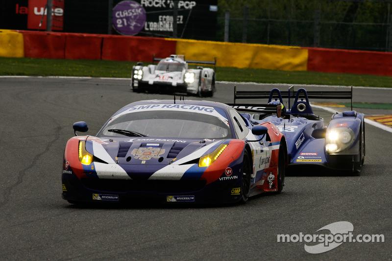 #72 SMP Racing Ferrari F458 Italia: Victor Shaitar, Андреа Бертоліні, Aleksey Basov