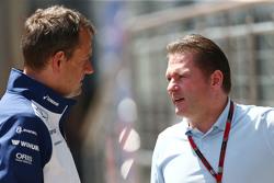 (De izquierda a derecha): Steve Nielsen, Williams Sporting Manager con Jos Verstappen