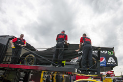 La voiture de Jeff Gordon, Hendrick Motorsports Chevrolet sort du camion