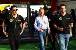 (L to R): Jolyon Palmer, Lotus F1 Team Test and Reserve Driver with Jonathan Palmer, and Matthew Car