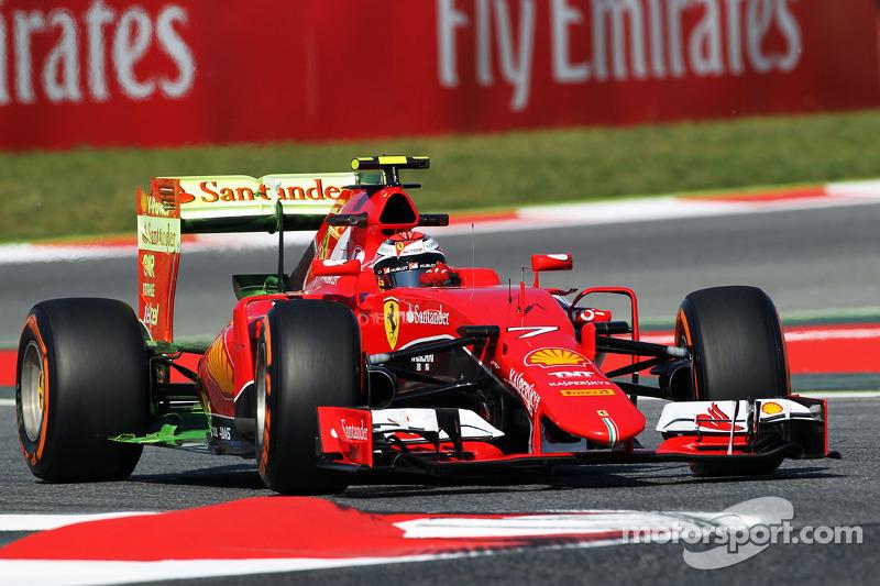 Kimi Räikkönen, Ferrari SF15-T, fährt mit Flow-Viz-Farbe