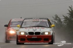 Phil Parlato (n°16 BMW 325i)