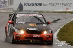 Andrew Wojteczko (#64 Lexus IS300)