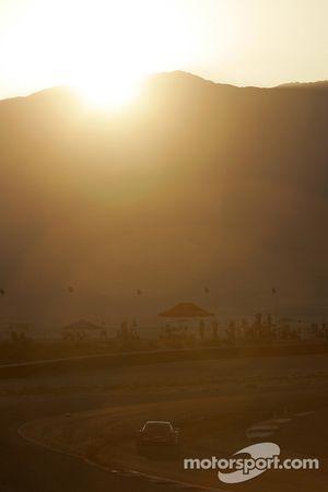 Sunset on #78 Doran Racing Pontiac Doran: Oliver Kuttner, Tony Ave, James Gue