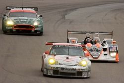 #45 Flying Lizard Motorsports Porsche 911 GT3 RSR: Johannes van Overbeek, Marc Lieb, Patrick Long;#3