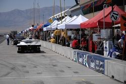 Qualifying activity along pit row