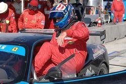 Changement de pilote : Steve Pruitt grimpe dans la Ferrari n°62